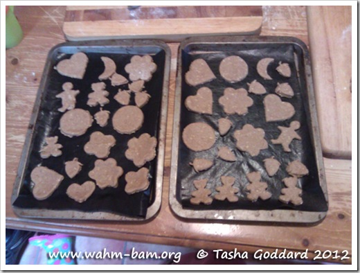Baking biscuits: Different biscuit shapes (www.wahm-bam.org © Tasha Goddard 2012)