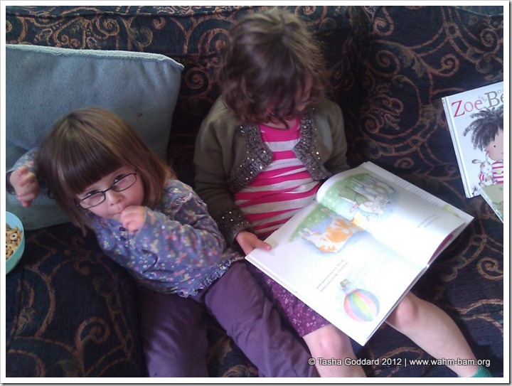 RoRo and LaLa reading The Great Granny Gang by Judith Kerr